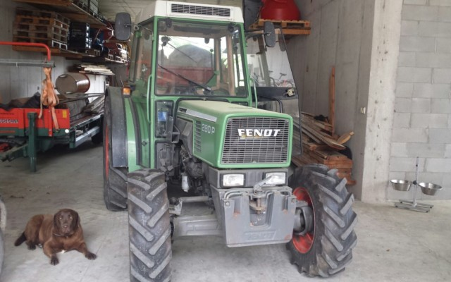 fendt-208p-1