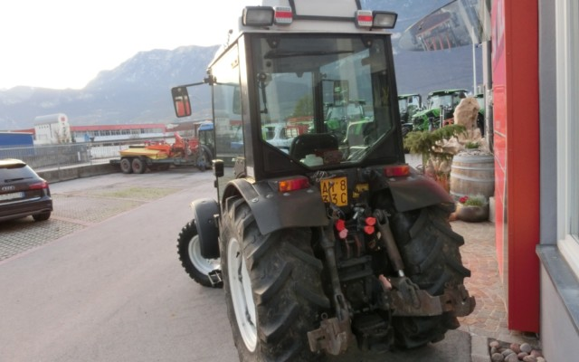 new-holland-60-86-dt-v-3