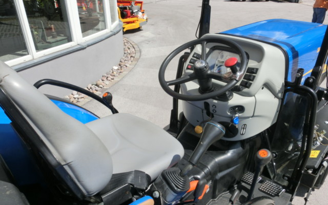 new-holland-tn4020v-08506-3