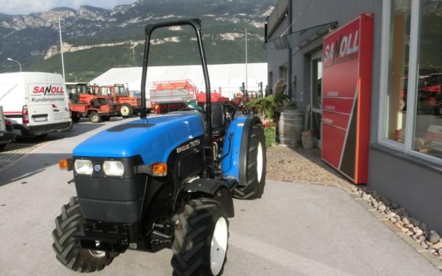 new-holland-tn-75-v-00123-2