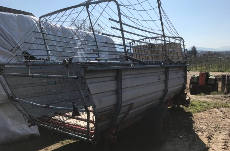 heuladewagen-gezogen-mengele-lw-200-2