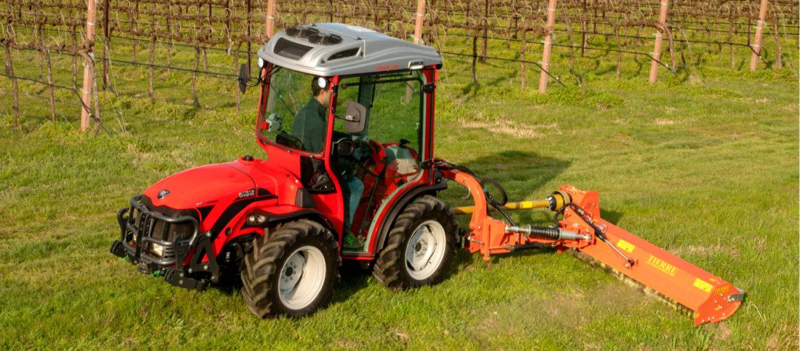 0741_21_Landmaschinen Sanoll Tora_Slider5