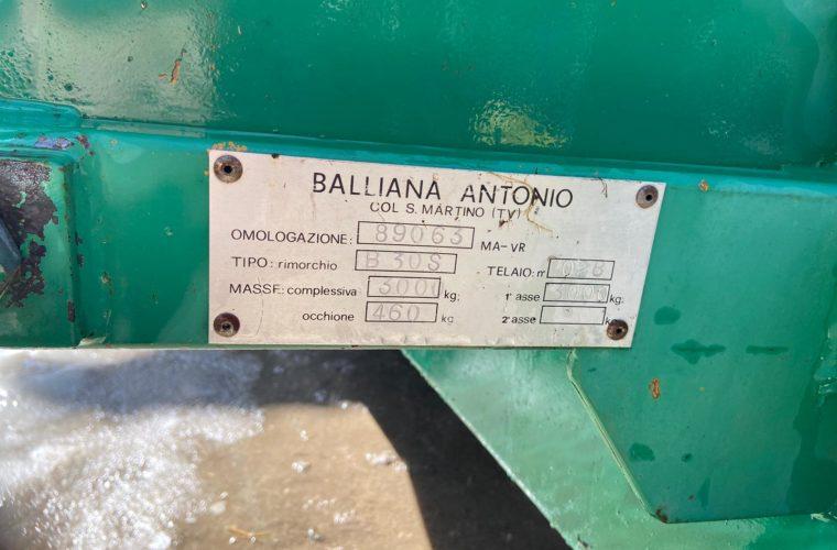 miststreuer-gezogen-balliana-b30s-3